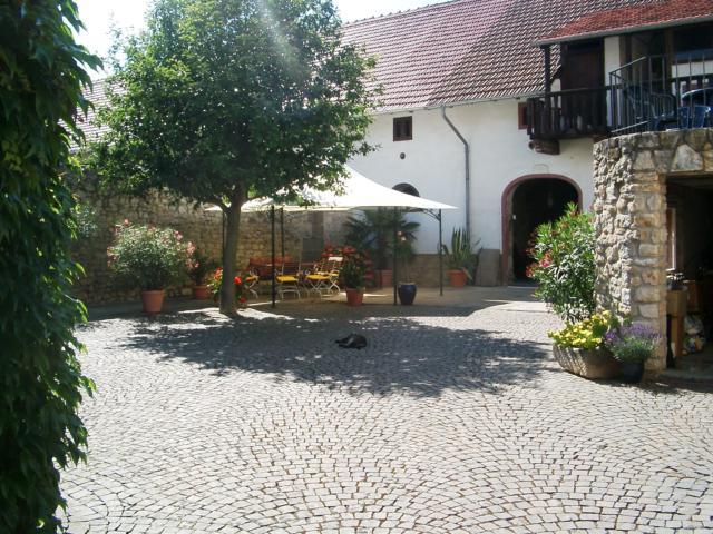 Der Johanniterhof